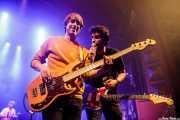 Roberto Villar -batería-, Sergio Gil -bajo- y Álvaro Luna -voz y guitarra- de Yellow Big Machine (Kafe Antzokia, Bilbao, 2018)