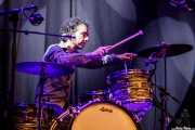 Popi González, baterista de Lapido (Sala BBK, Bilbao, 2018)