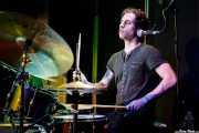 Noah Shomberg, baterista  de The Yawpers (Kafe Antzokia, Bilbao, 2018)