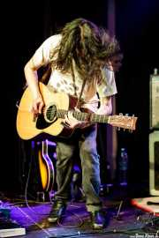 Jesse Parmet, guitarrista  de The Yawpers (Kafe Antzokia, Bilbao, 2018)