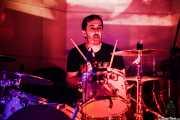 Ion Stagliano, baterista de Discípulos de Dionisos (Nave 9 (Museo marítimo), Bilbao, 2018)
