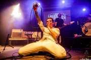 Paulo Furtado -voz y guitarra- y Filipe Rocha -bajo- de The Legendary Tigerman (Andoaingo Rock Jaialdia, Andoain, 2018)