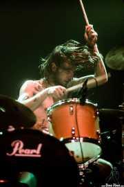 Guillermo Peña, baterista de Dead Bronco (Kafe Antzokia, Bilbao, 2019)