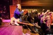 Chuck Prophet, cantante y guitarrista de Chuck Prophet & Charlie Sexton And The East River Truckers (Kafe Antzokia, Bilbao, 2019)