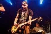 David Boozer -voz y guitarra - y Iago Doval -batería- de Bastards on Parade (Santana 27, Bilbao, 2019)