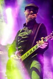 Dennis Casey, guitarrista de Flogging Molly (Santana 27, Bilbao, 2019)