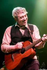 David Sánchez Damián, cantante y guitarrista de Dr. Maha's Miracle Tonic (Kafe Antzokia, Bilbao, 2019)