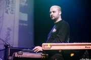 Txufo Wilson, teclista, programaciones y  bajista de Unclose (Kafe Antzokia, Bilbao, 2019)