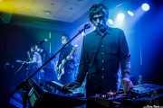 """Dominic O'Dair -guitarra-, Tom Dougall -voz y guitarra-, Maxim """"Panda"""" Barron -bajo y voz- y Max Oscarnold -teclados- de Toy (Kafe Antzokia, Bilbao, 2019)"""