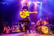 Carlos Beltrán -guitarra- y Iván Ted -batería- de Micky & The Buzz (Kafe Antzokia, Bilbao, 2019)