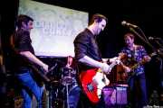 "Alfonso Barga -bajo-, Patxi Gómez -batería-, Oskar Aizpuru ""Lucky"" -voz- y Oskar Suso -guitarra- de Diablo Cuney (Hika Ateneo, Bilbao, 2019)"