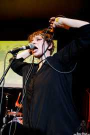 Ivy Claudy, cantante de Sloks (Hika Ateneo, Bilbao, 2019)