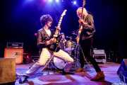 Josh Landau -voz y guitarra-, Jeff Murray -batería- y Corey Parks -bajo- de The Shrine (Kafe Antzokia, Bilbao, 2019)