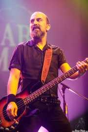 Filipe Rocha, bajista de The Legendary Tigerman (Kafe Antzokia, Bilbao, 2019)