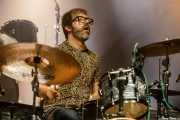 "Dani ""Rock'n'Ron"" Oñate, baterista de The Daltonics (Kafe Antzokia, Bilbao, 2019)"