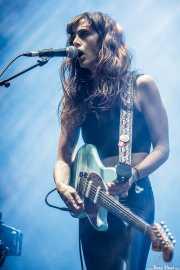 Erica Dunn, guitarrista y teclista de Tropical Fuck Storm (Azkena Rock Festival, Vitoria-Gasteiz, 2019)