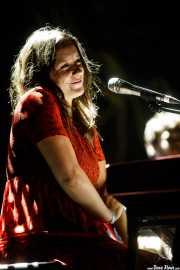 "Carolina de Juan ""Nina"", cantante y pianista de Morgan (Azkena Rock Festival, Vitoria-Gasteiz, 2019)"