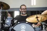 Mikel Abrego Txopeitia, baterista de Anari (Bilbao BBK Live, Bilbao, 2019)