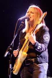 Aurora Beltrán, cantante y guitarrista de Tahúres Zurdos (Sala BBK, Bilbao, 2020)