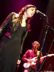 Nadia Barkate -voz- y David Sánchez Damián -voz y guitarra- de Maha (Bilborock, Bilbao, 2004)