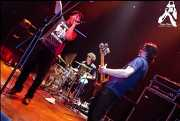 Eric Davidson -voz-, Sam Brown -batería- y Matt Reber -bajo- de New Bomb Turks (Kafe Antzokia, Bilbao, )