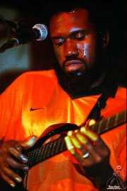 Corey Harris, cantante y guitarrista (Palladium, Bilbao, )