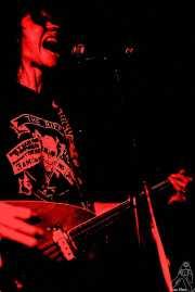 Toody Cole, cantante y bajista de Dead Moon (, , )