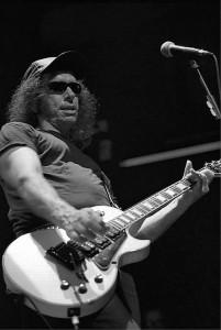 Manolo Benítez -guitarrista de Los Enemigos- según apareció en el fanzine In Focus 2 (2001)