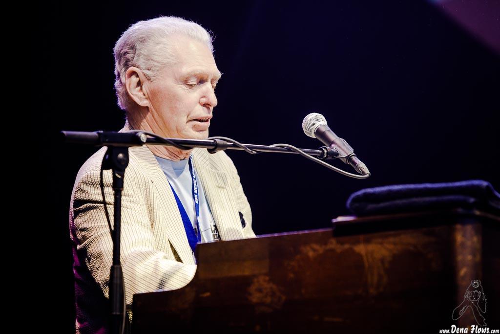 Georgie Fame, cantante y organista
