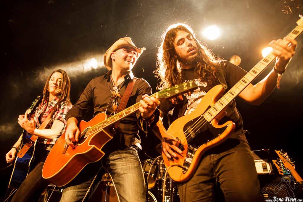 InBlauk, Festival Country Charro 2014, Sala B del CAEM, Salamanca, 13/XII/2014. Foto por Dena Flows