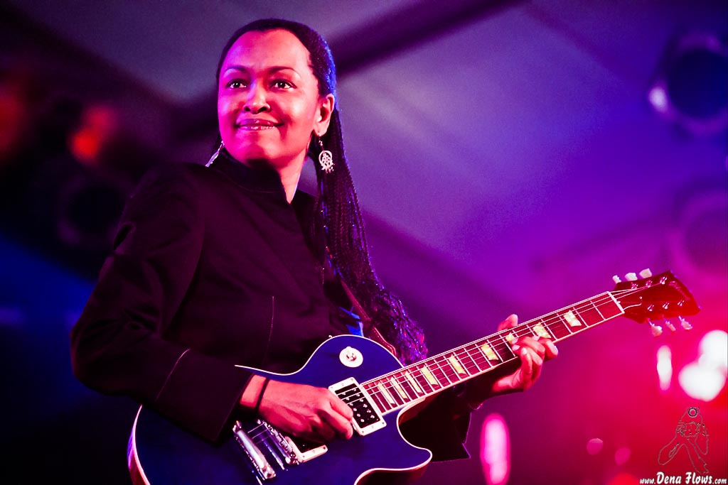 Deborah Coleman Band, Getxo & Blues 2004, Puerto Viejo, Algorta, 13/VI/2004