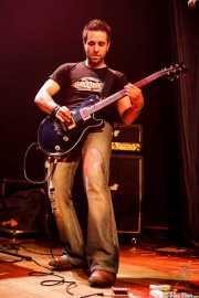 Julio Ruiz, guitarrista y cantante de Positiva, Bilbao. 2006