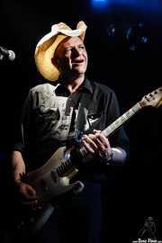 Spencer P. Jones, guitarrista de Beasts of Bourbon, Sala Tótem, Atarrabia (Villaba). 2006