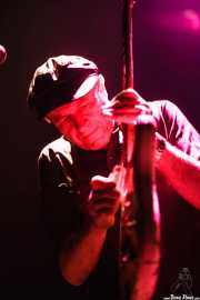 Spencer P. Jones, guitarrista de Beasts of Bourbon, Kafe Antzokia, Bilbao. 2006