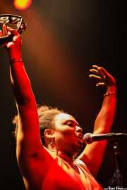 Lisa Kekaula, cantante de The Bellrays, Kafe Antzokia, 2006