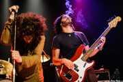 Jony Moreno -voz- y Jose Javier Manzanedo -bajo- de The Soulbreaker Company (Kafe Antzokia, Bilbao, 2006)