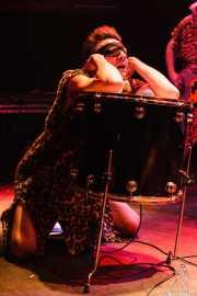 Johnny Rabb, cantante de The Neanderthals (Kafe Antzokia, Bilbao, 2006)
