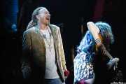 Axl Rose -voz- y Robin Finck -guitarra- de Guns n' Roses (Bilbao BBK Live, Bilbao, 2006)