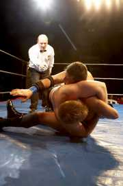 080-wrestling-kaio-vs-erik-isaksen