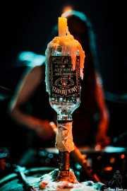 La vela en la botella de Jack Daniels de Dead Moon, Hell Dorado. 2006