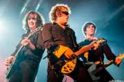 """Brian Mire -guitarra-, Evan """"Muck"""" Shore -voz y guitarra- y John Quincy Mire -bajo- de Muck & The Mires, Santana 27, Bilbao. 2006"""