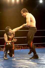 006-wrestling-makoto-vs-bammer