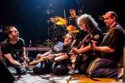 """Mikel Txurruka -guitarrista-, Iker Etxebarria -bajista-, Martxelo Mendizabal -baterista-, Xabi """"Señor No"""" -guitarrista invitado- y Alberto Gonzalez -guitarrista- de Aterkings, Kafe Antzokia. 2007"""