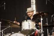 Ricardo Moreno, baterista de Los Ronaldos (Bilbao BBK Live, Bilbao, 2007)