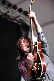Fernando Pardo, guitarrista de Los Coronas, Azkena Rock Festival, Vitoria-Gasteiz. 2007