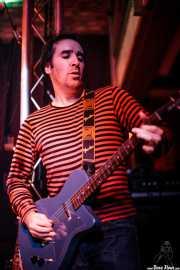 Joseba Irazoki, guitarrista de Petti eta Etxeko Uzta (, , 2007)