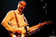 Mike Gibson, guitarrista de The Godfathers (Kafe Antzokia, Bilbao)