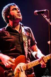 José Ramón Rioja, cantante y guitarrista de Paniks (Kafe Antzokia, Bilbao, 2008)
