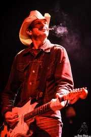 Spencer P. Jones, guitarrista de Beasts of Bourbon, Kafe Antzokia, Bilbao. 2008