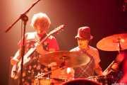Joseba Irazoki -voz y guitarra- y Mikel Lertxundi -batería- de On Benito (Bilborock, Bilbao, 2008)